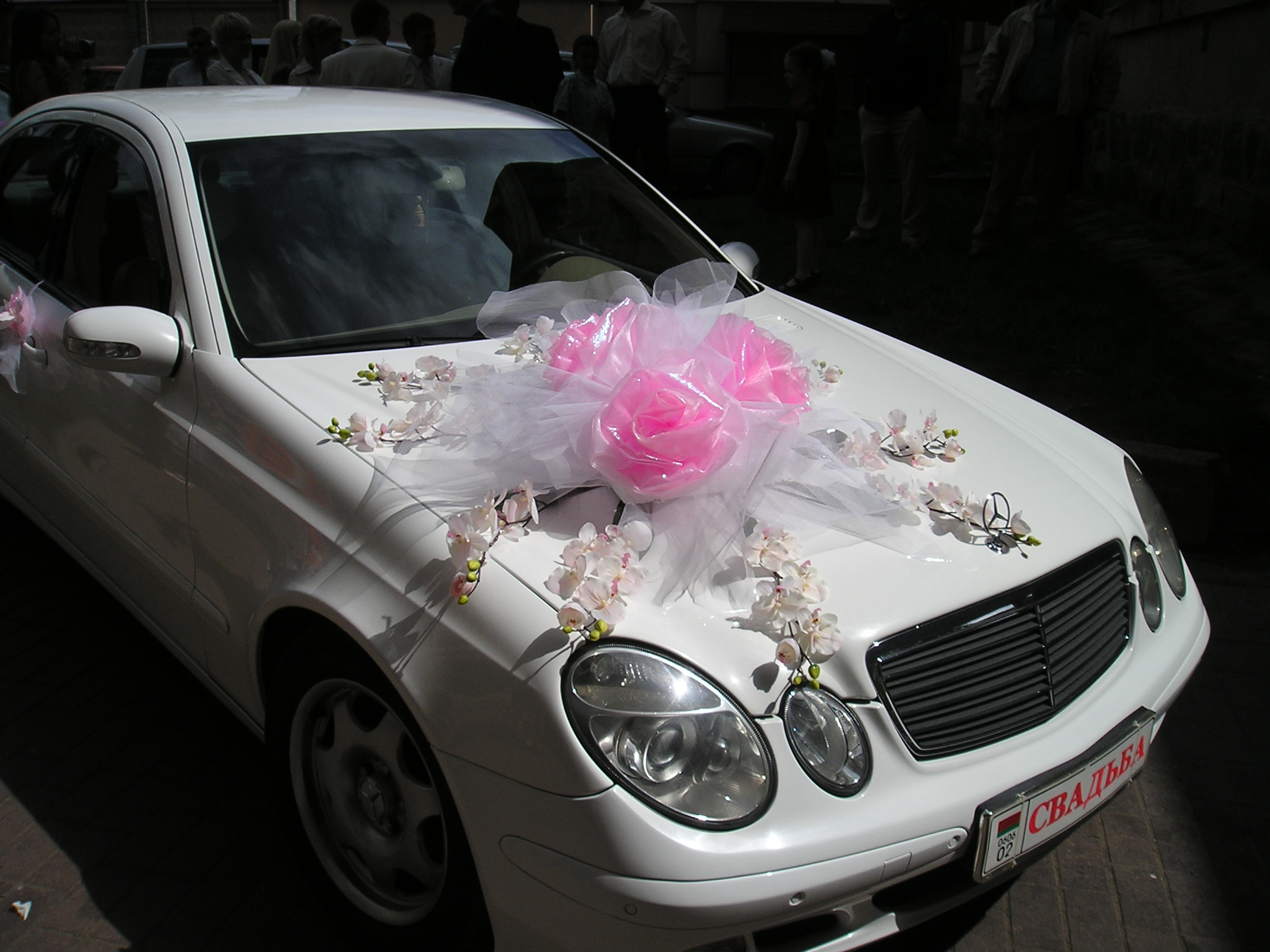 Декор на свадебную машину своими руками