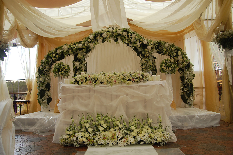 Фото украшение цветами на свадьбу